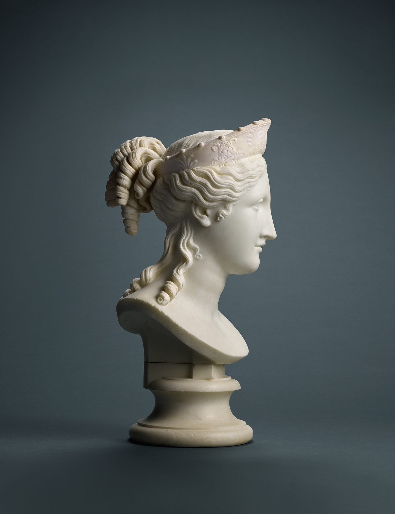 A Bust of Peace, sculpted in 1814 by Antonio Canova.
