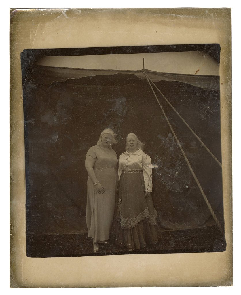 A long shot of Sandra Reed (right) and her sister, Doreen, taken by Diane Arbus circa 1970.