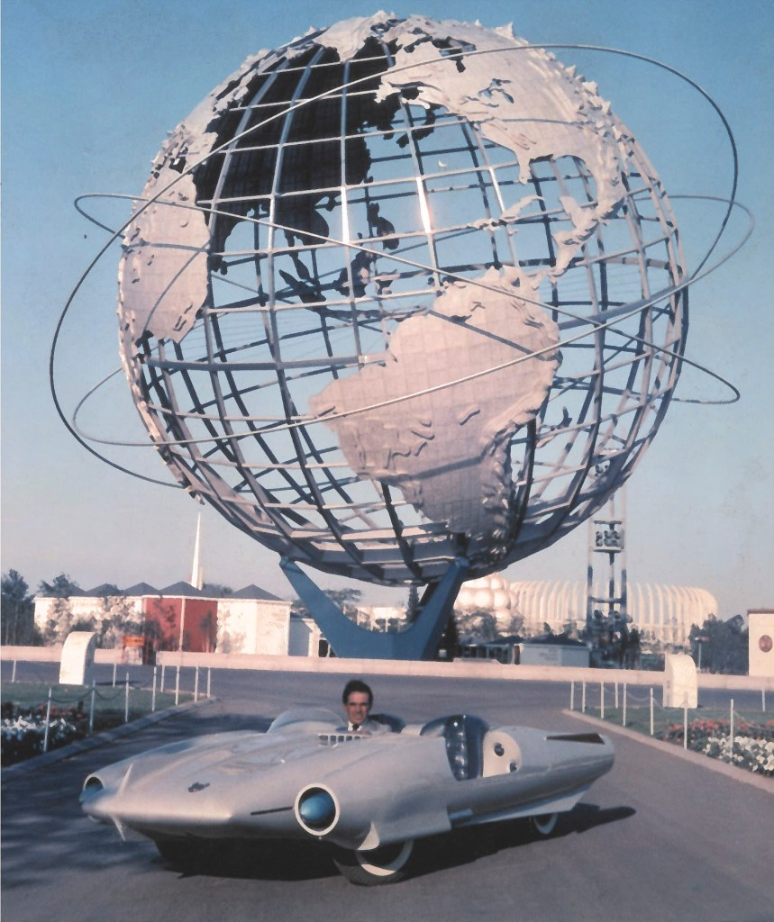 La Shabbla turned the heads of General Motors executives. Bucci declined to take a job with them, but accepted an invitation to show his futuristic concept car at the 1964 World's Fair.
